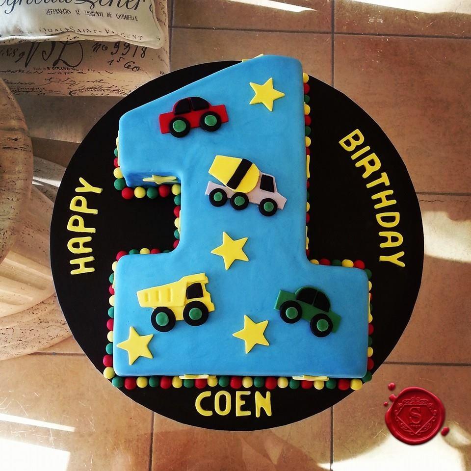 Magnificent Boys 1St Birthday Cake Sweet House Studios Gold Coast Birthday Cards Printable Opercafe Filternl