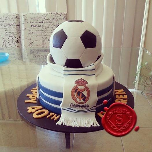 Wondrous Real Madrid 40Th Birthday Cake Sweet House Studios Gold Coast Funny Birthday Cards Online Elaedamsfinfo